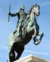 棹立ちになった馬にまたがる問題のフェリペ4世像