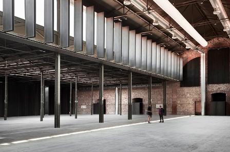 様々なイベントに対応可能な展示施設  photo by Matadero Madrid